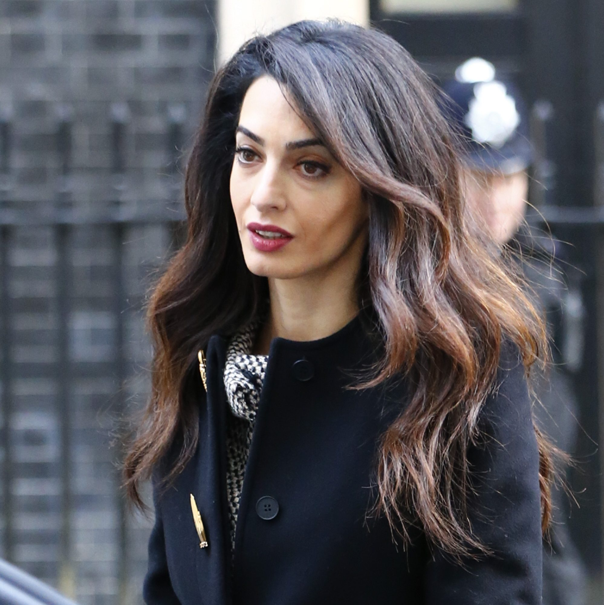 Amal Clooney Queen Of The Blow Dry Amal Clooneys Power
