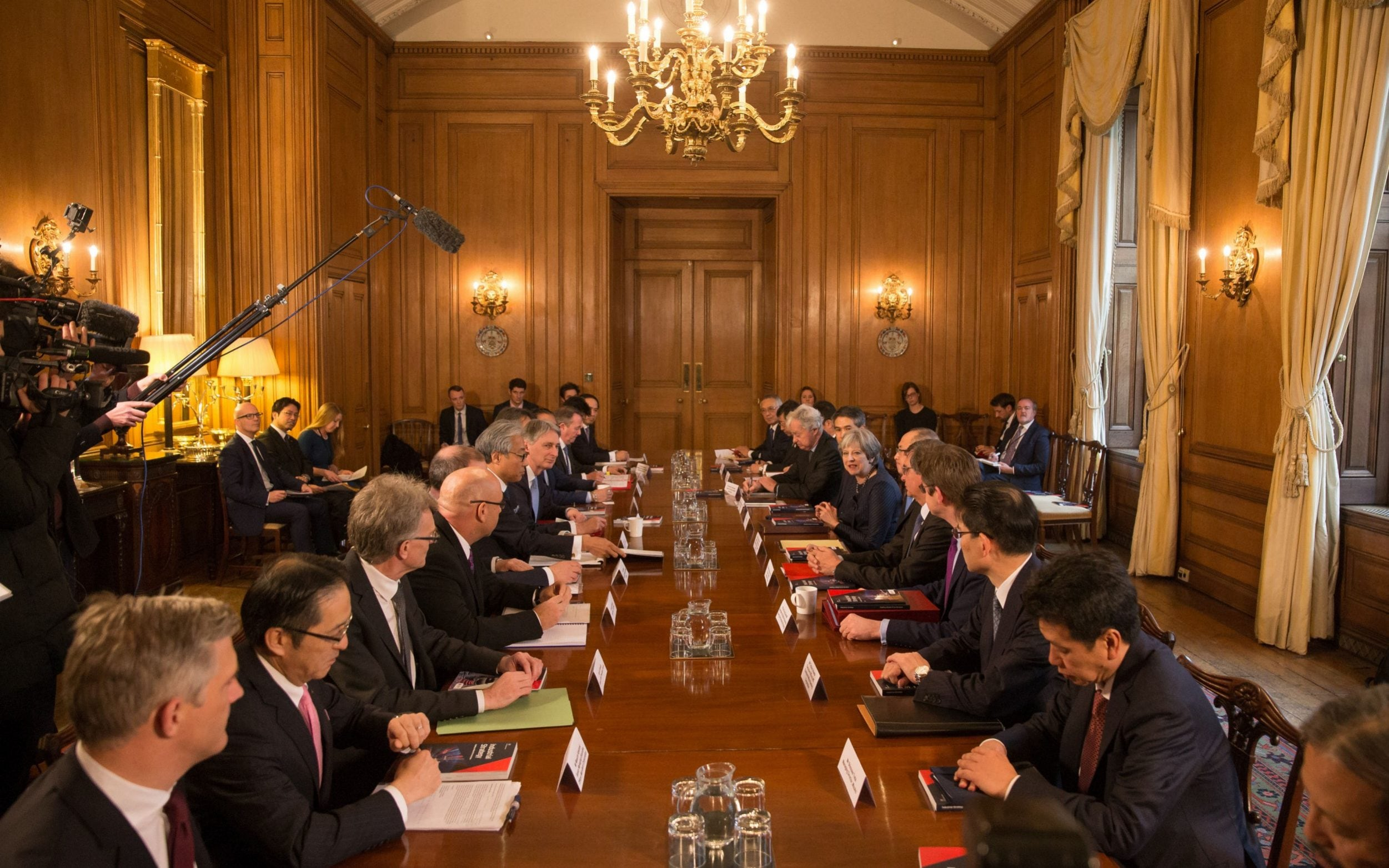 Theresa May leads the meeting with top representatives from Japanese businesses with Uk operations