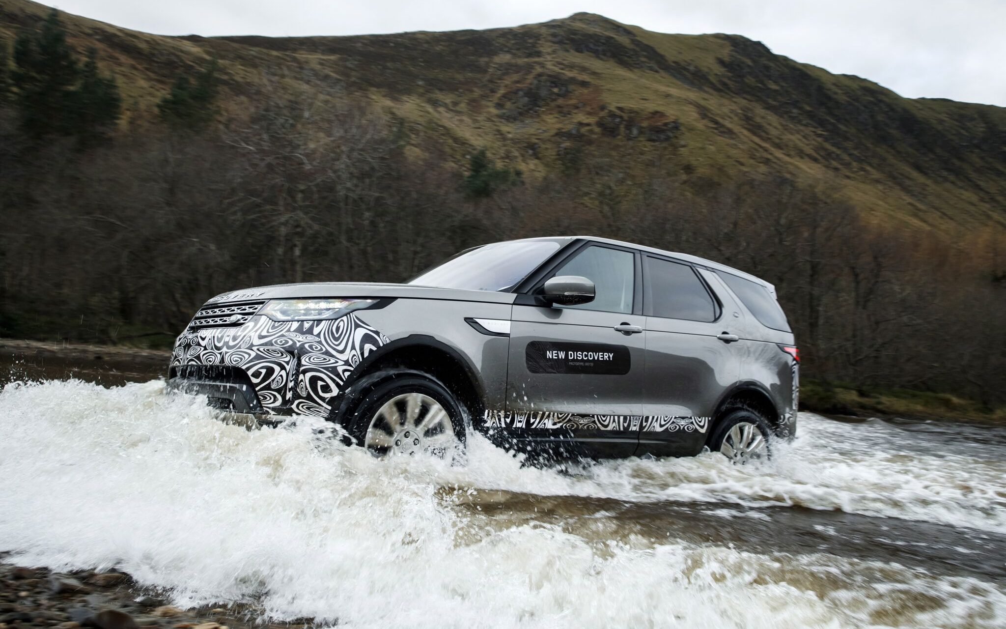 The Disco has landed new Land Rover Discovery in photos Cars