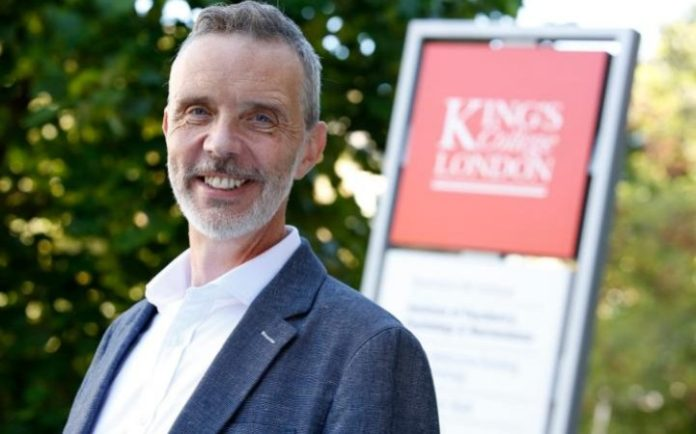 El profesor Patrick Leman