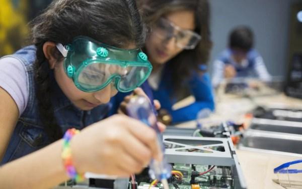 Young People Choose Career In Engineering