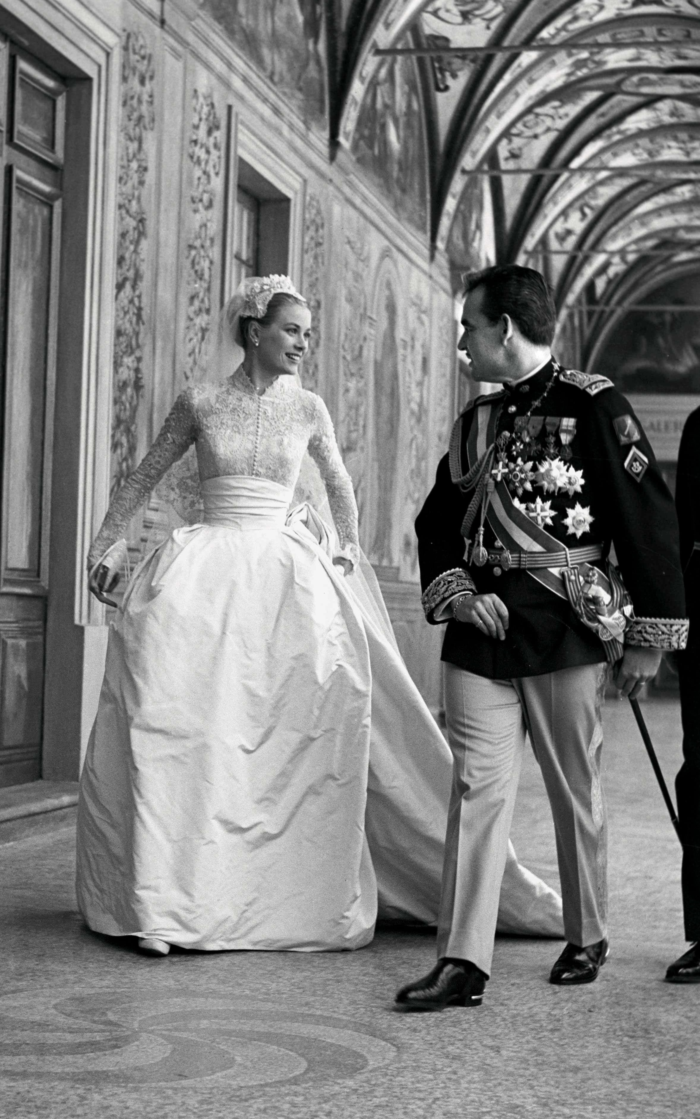 Giving good taste a sense of glamour Why Grace Kelly remains such an enduring style icon