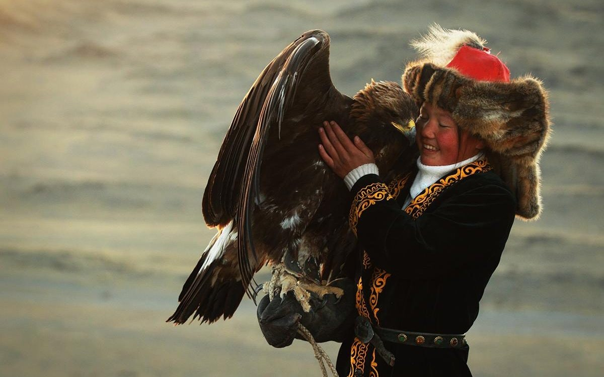 Project Cars Wallpaper Red Breaking Free Meet The First Girl Eagle Huntress In Mongolia
