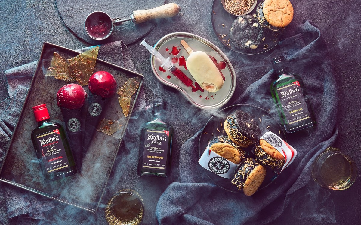 , 21 of the best ways to celebrate Hallowe'en with ghoulish cocktails and fiendish food, The Evepost BBC News