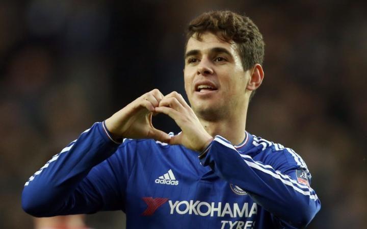 Oscar junior ukinira ikipe ya Chelseamu mashoti 11 yambere atera ahagana mu izamu nta narimwe ryerekeza mu izamu.