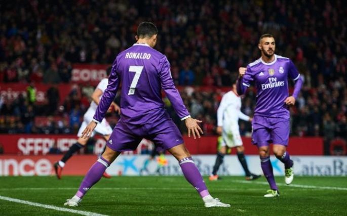 Ronaldo celebrates in his usual fashion