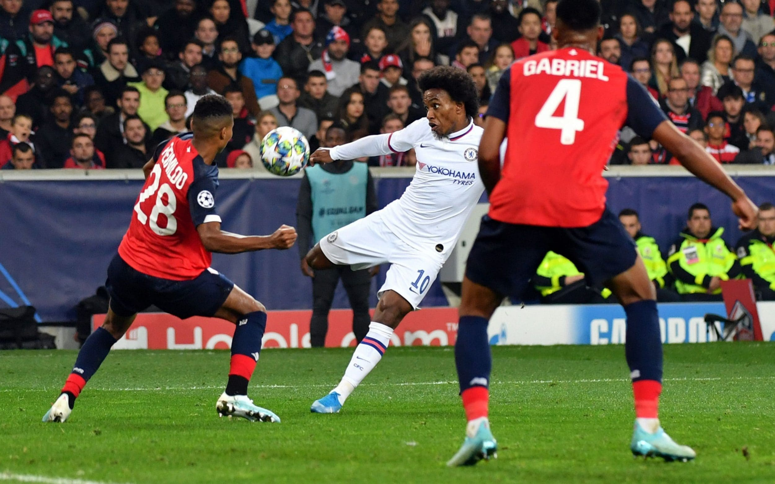 Tammy Abraham and Willian give Chelsea the points in Champions League win in Lille