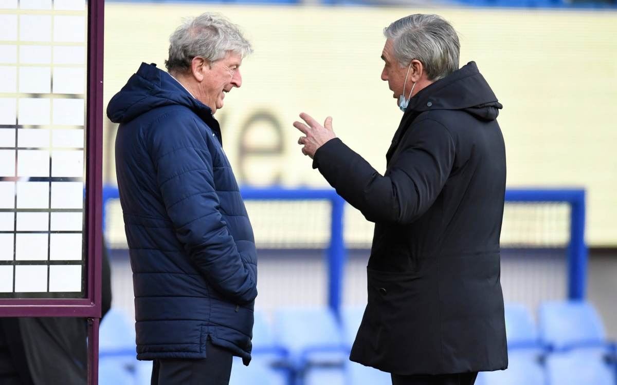 Carlo Ancelotti, Manager of Everton and Roy Hodgson, Manager of Crystal Palace interact prior to the Premier League match between Everton and Crystal Palace at Goodison Park