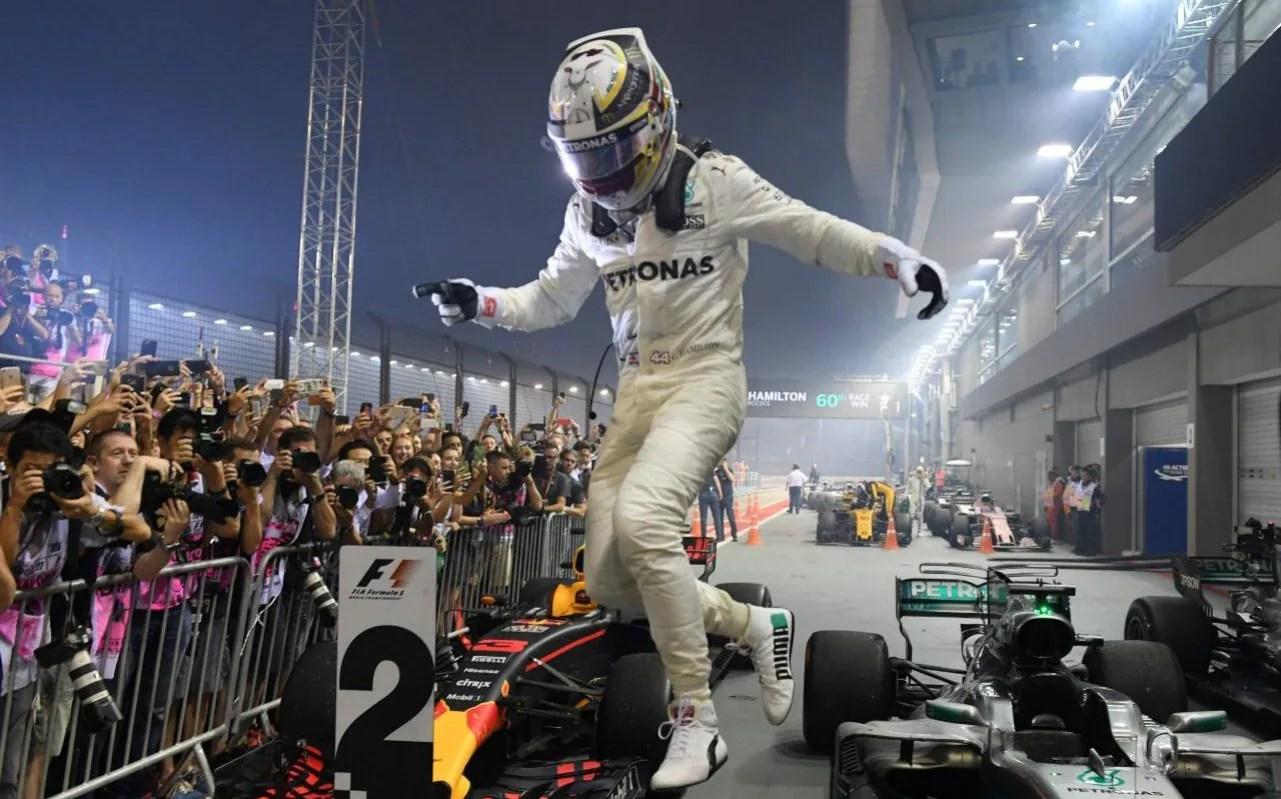 Lewis Hamilton F1 Car Wallpaper F1 2017 World Championship Standings And Singapore Grand