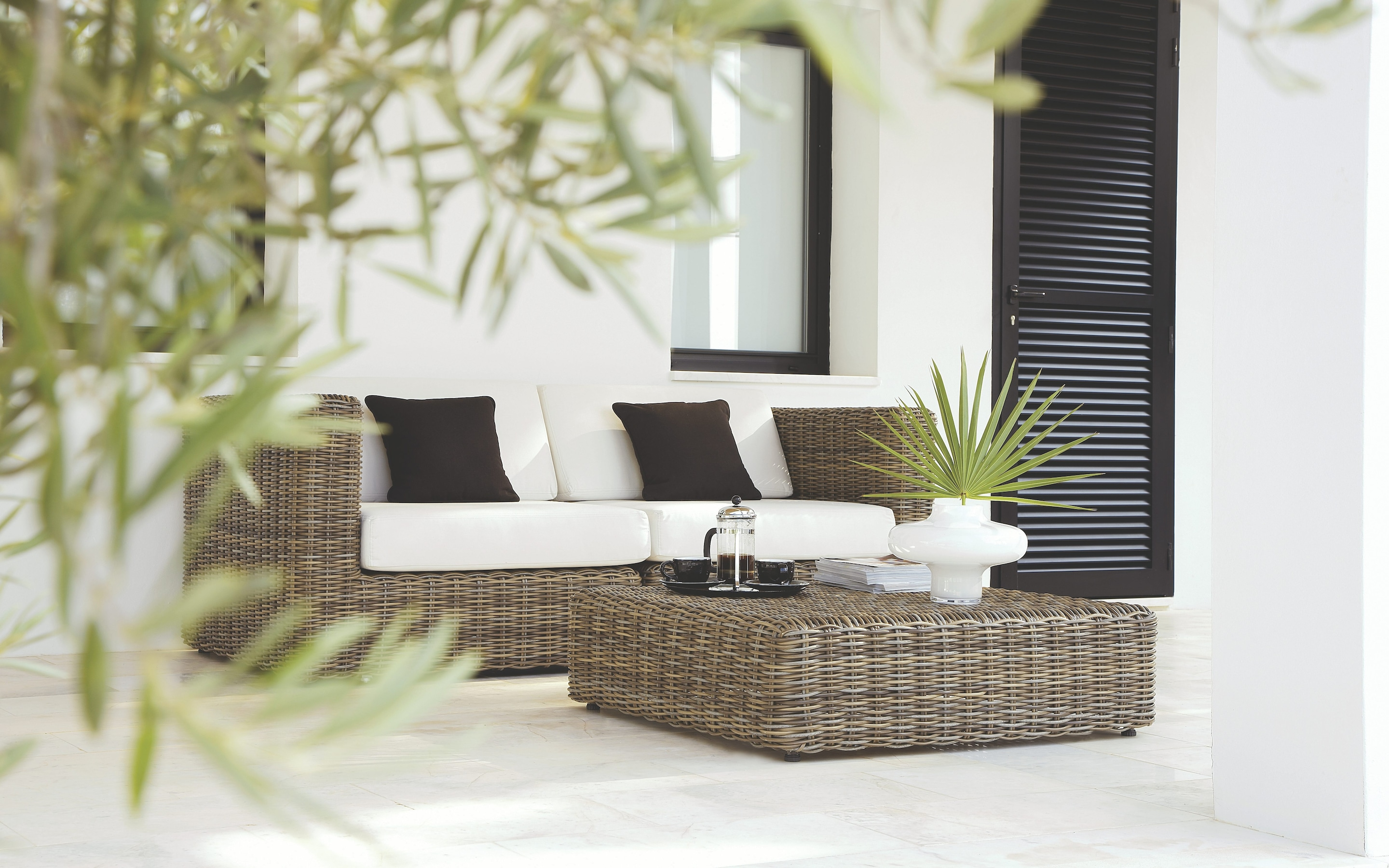 palermo rattan effect corner sofa set cover black faux leather sectional bed with left facing storage chaise getting your garden furniture right the telegraph havana modular seating collection by gloster frontgate com