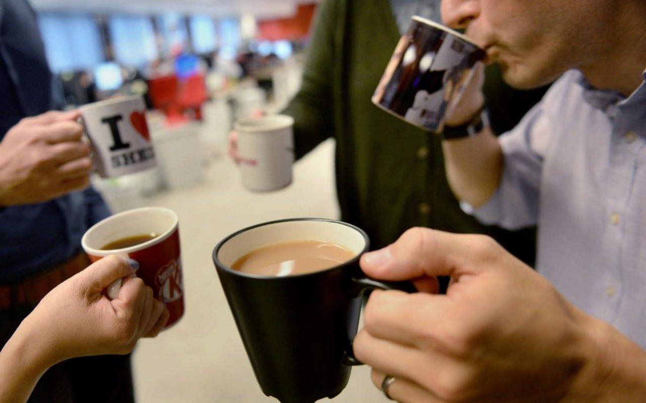 worker morning rush coffee ile ilgili görsel sonucu