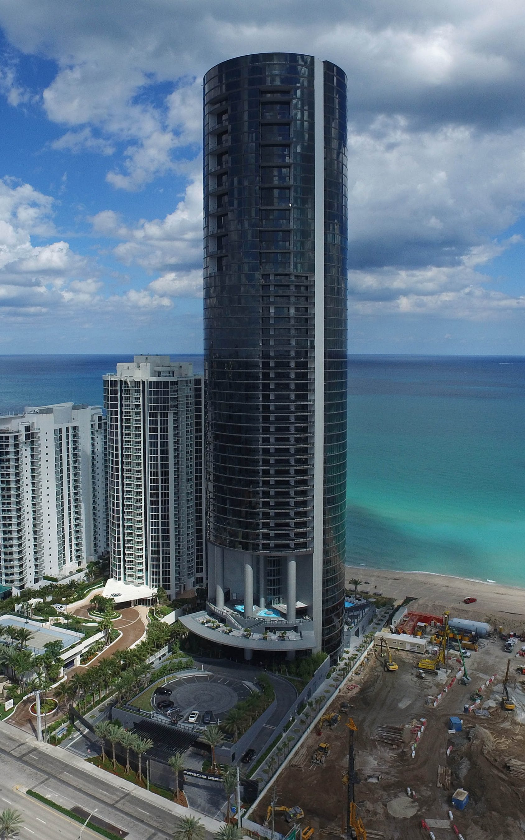 The Dezervator Drivein lift enables residents of Miami tower to turn their cars into works