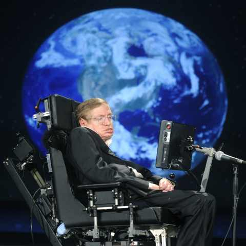 "The new paper is a bid to clear up an issue thrown up by Hawking's 1983 ""no-boundaries"" theory"