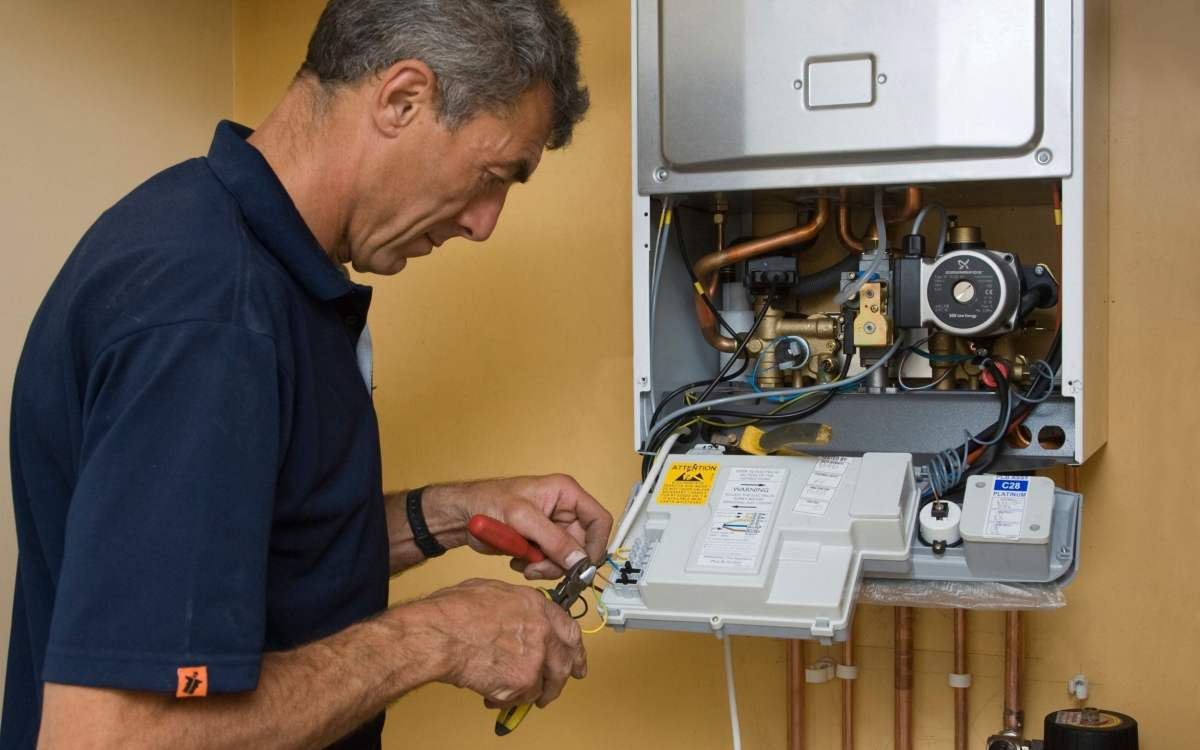 , Gas boilers to be banned from new homes by 2025 – what you need to know, The Evepost BBC News
