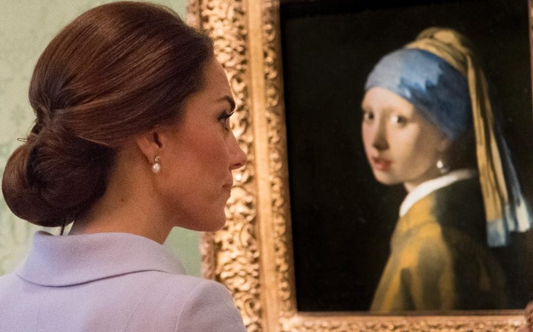 Duchess with a pearl earring: Kate borrows Queen's