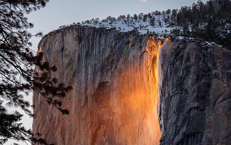 Yosemite Lava Falls Wallpaper Stunning Photo Shows Rare Lava Waterfall Phenomenon At