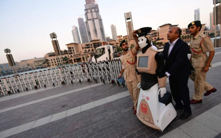The world's first operational police robot arrives ahead of the firing of the Ramadan cannon, which marks sunset and the end of the fasting day for Muslims observing Ramadan, in Downtown Dubai on May 31, 2017.