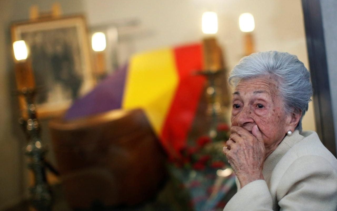Franco Victim S Body Exhumed For Dignified Burial After 75