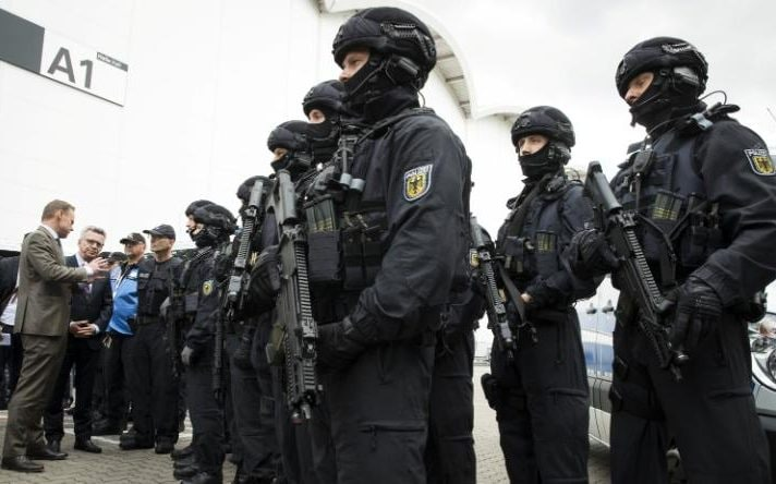 Special police assemble head of the meeting for world leaders