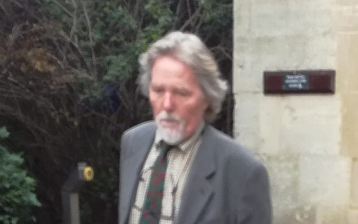 Cotswolds Art Dealer To The Stars Admits 163 500 000 Theft