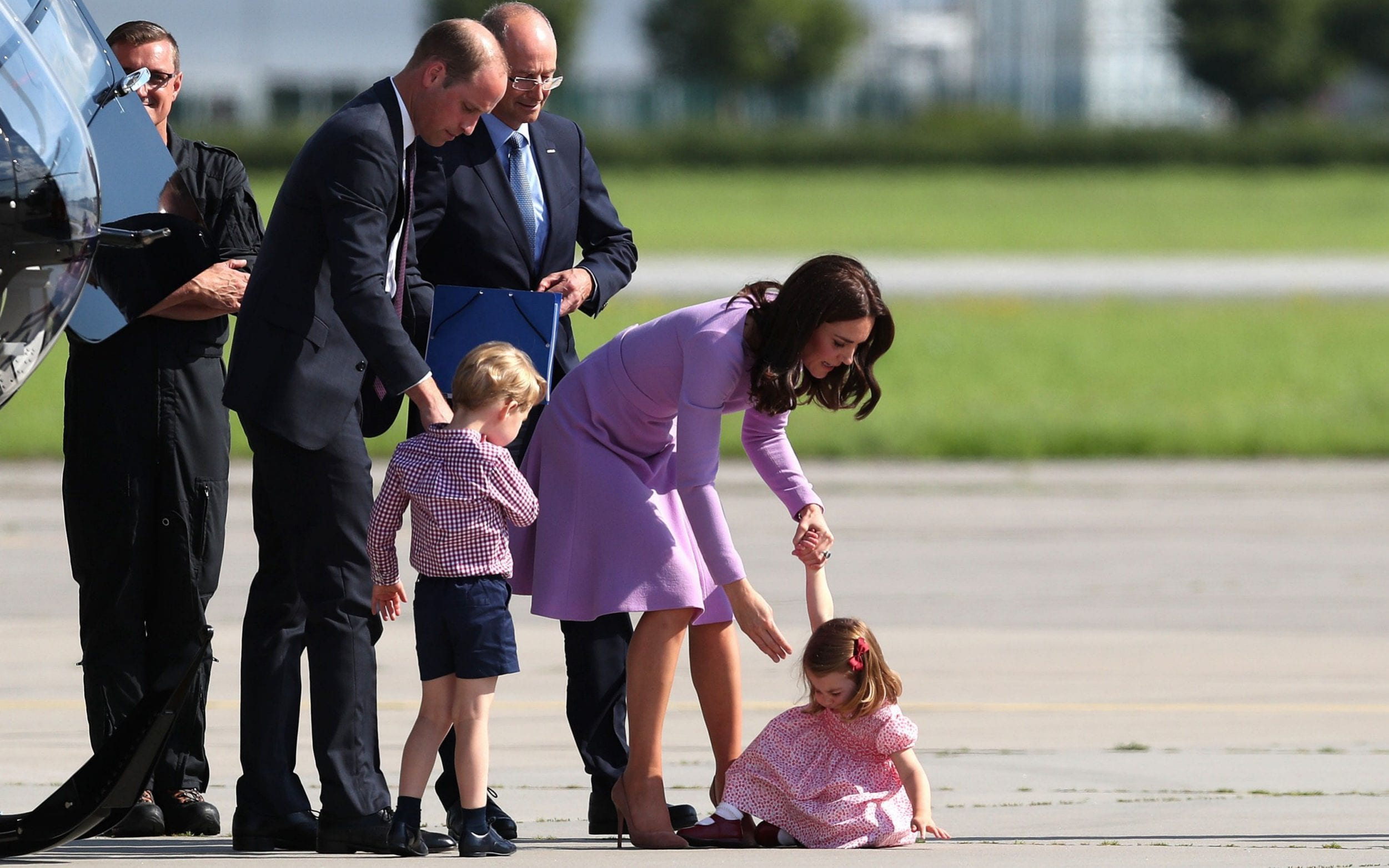 Prince George Follows In Father S Footsteps In Helicopter