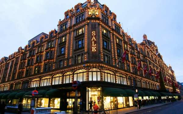 Harrods Christmas Grotto Open Big Spenders - And