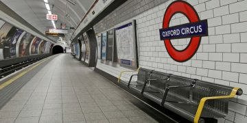 Oxford Circus: Commuter injured by train after falling on platform during rush hour