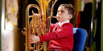 Playing in a brass band can help people overcome depression and anxiety