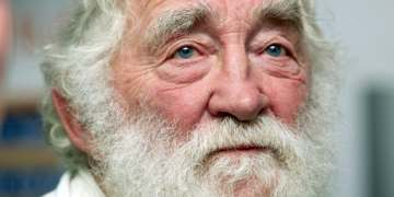 David Bellamy, naturalist and broadcaster, dies aged 86