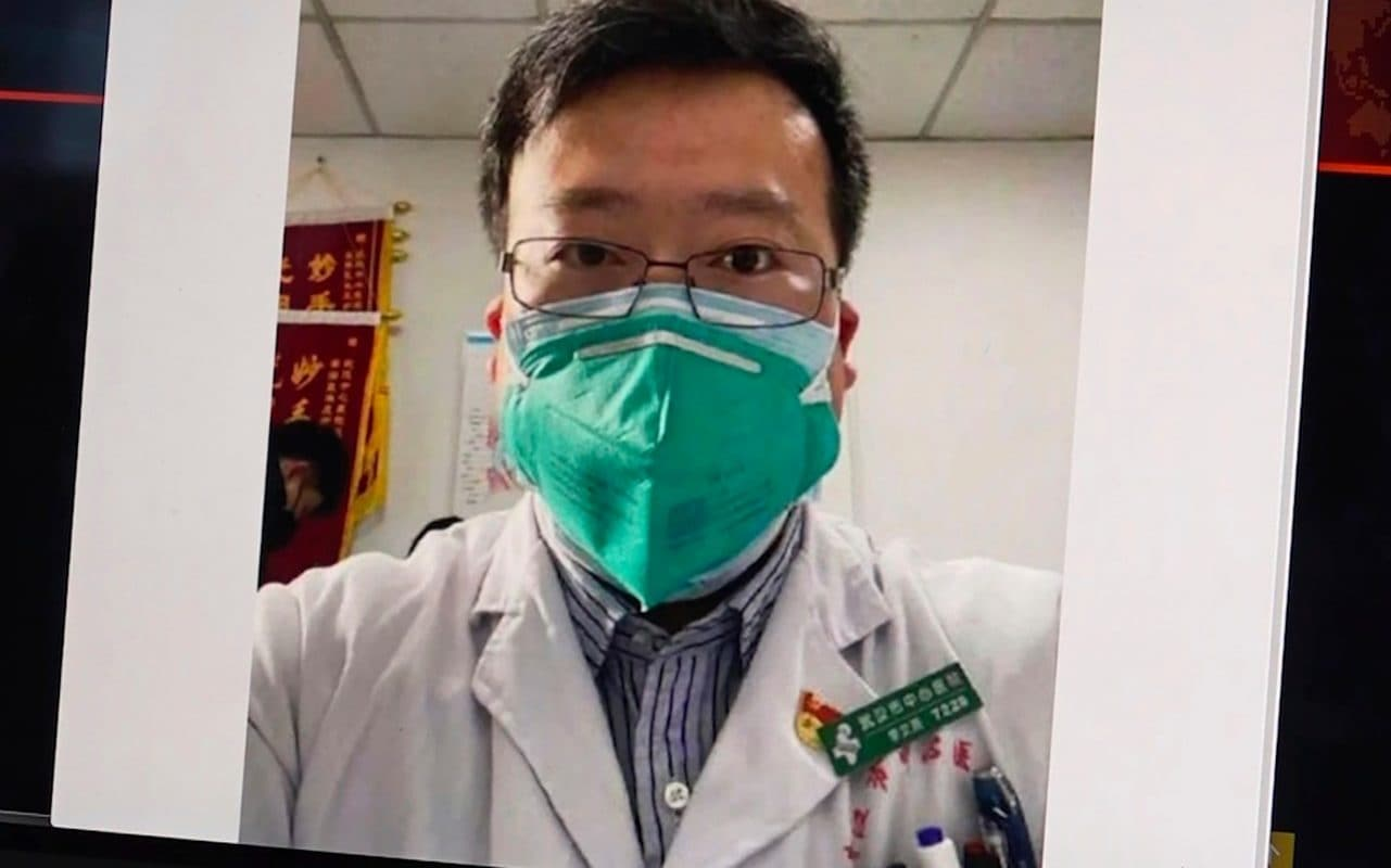 Coronavirus: Outpouring of grief in China as doctor who tried to warn about the virus dies