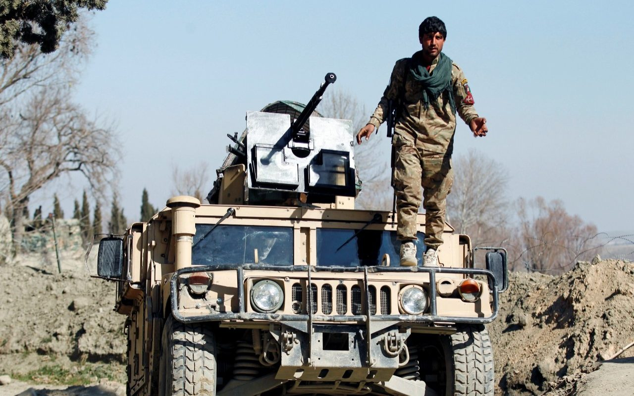 Two American troops killed and six others wounded by Afghan soldier
