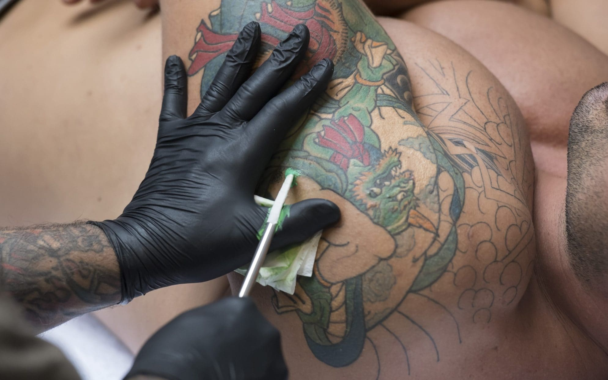tattoos can cause infections
