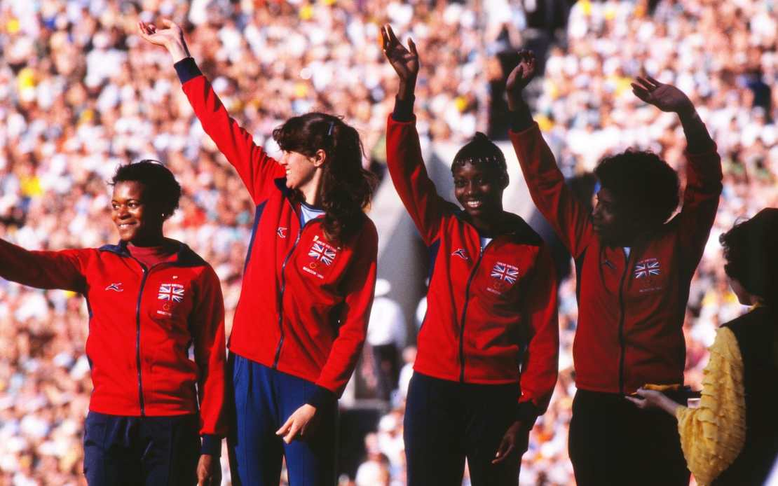 Heather Hunte, Kathy Cook, Beverley Goddard and Sonia Lannaman at the 4x100m relay presentation in 1980