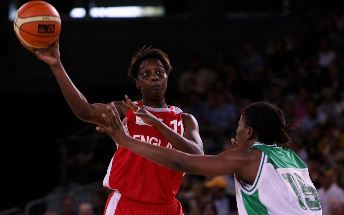 Congreaves became the first British woman to play in the WNBA in 1997