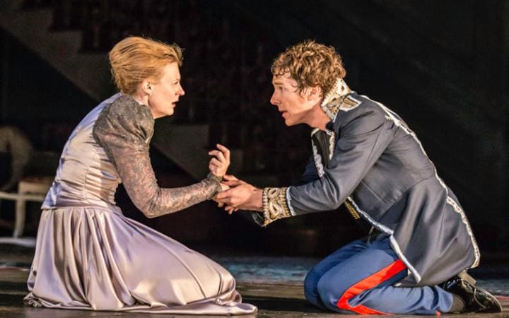 https://i0.wp.com/www.telegraph.co.uk/content/dam/theatre/hamlet/hamlet-anastasia-hille-large.jpg