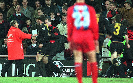 In a later interview, eric explained the incident in his own words, saying: Eric Cantona S Kung Fu Kick On Crystal Palace Fan Was A Moment Of Madness That Stunned The Football World