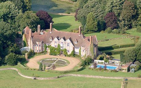 Kelling Hall is surrounded by 1600 acres, includes 10 properties from the nearby Kelling village