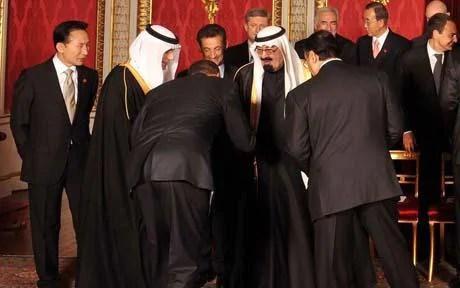 The President of the United States Barack Obama greets King Abdullah of Saudi Arabia.