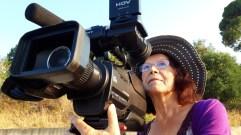 6 - la regista Imelda Bonato alla macchina da presa - Badolato agosto 2019