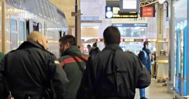Monza, aggredisce un'altra capotreno: arrestato
