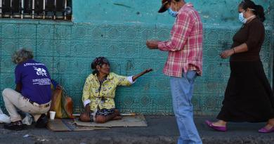"""Coronavirus, """"mezzo miliardo di persone sotto la soglia povertà estrema"""""""
