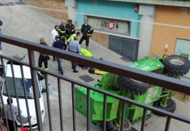 Nicosia, in un incidente in via Pio la Torre un operaio è rimasto ferito