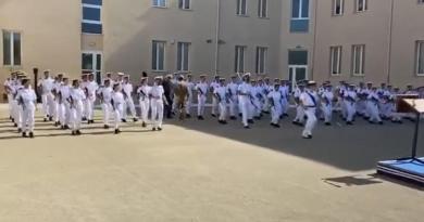 Balletto in scuola Taranto, procedimento contro ufficiale Marina