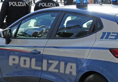 La Polizia di Stato di Enna ha denunciato un uomo per furto d'auto e resistenza a pubblico ufficiale