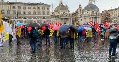 Scuola, al via manifestazione a Roma