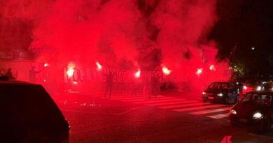 Ultras a Ponte Milvio, 40 Irriducibili con fumogeni