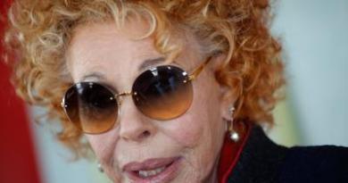 """Ornella Vanoni: """"Covid mi ha presa, sto bene"""""""