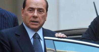 """Ruby ter, Berlusconi e il certificato medico: """"Riposo assoluto"""""""