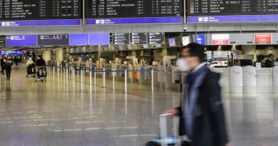 Germania, passeggeri no-mask in aereo: multa da 25mila euro