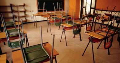 Scuola, Cts: Dad per tutti in zona rossa